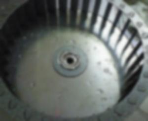 ハウスクリーニングでのキッチンと換気扇(シロッコファン)の清掃方法を解説