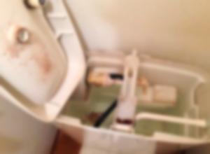 ハウスクリーニングの『トイレ掃除』【カルキ】や【メッキの光沢】